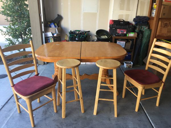 Chairs And Table For Sale In Orangevale Ca Offerup