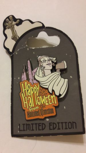 Disney LE pin of 2000 Happy Halloween from Haunted Mansion Bride Axe for Sale in Fort Lauderdale, FL