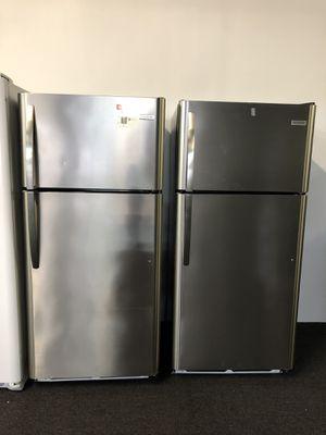 New-Frigidaire Top Freezer Refrigerator for Sale in Glen Burnie, MD