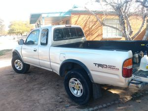 2000 Toyota Tacoma Offroad Pre-Runner $2999 for Sale in Tucson, AZ