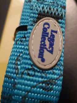 LEGACY COLLECTION MEDIUM LEASH $10 BLUE WITH BLACK DETAILS for Sale in Brooklyn,  NY