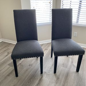 Set Of 2 Chairs for Sale in Garden Grove, CA