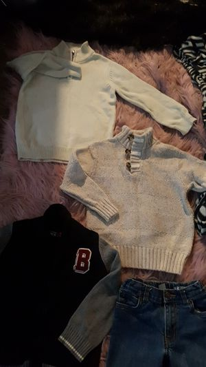 BOYS SIZE 5T 3 DRESS SWEATERS FROM THE CHILDS PLACE AND SIZE 5 JEANS FROM CARTERS for Sale in Sauk Village, IL
