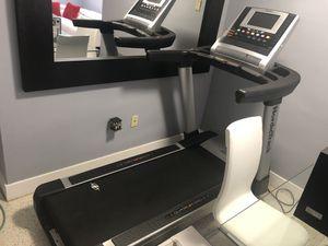 Nordictrack Elite 9700 Pro Treadmill for Sale in Miami, FL