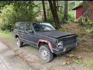 Parts Jeep Cherokee (88,4.0,4x4)(With Title) for Sale in North Bend, WA