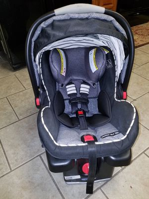 Graco Snugride 35XL Infant Car Seat / Carseat for Sale in Grand Prairie, TX
