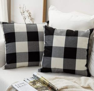 🎀Plaid Decorative pillow cover set 🎀 NEW 🛍 SHIPPING AVAILABLE 🛍 for Sale in Salt Lake City, UT