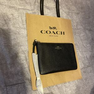 Coach Wristlet for Sale in Bloomington, CA