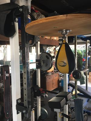 Titan Adjustable Speed Bag for Sale in Los Angeles, CA
