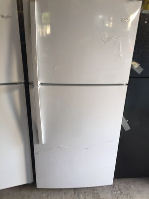 Whirlpool WRT311SFYW 20.6 cu. ft. Top-Freezer Refrigerator for Sale in Merchantville, NJ