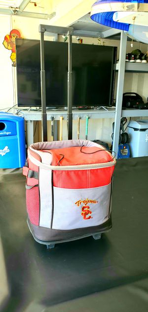 Usc cooler. Ice chest with wheels for Sale in Rialto, CA