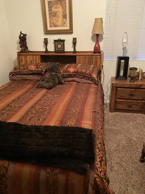 Nice bedroom set $175 for Sale in Henderson, NV
