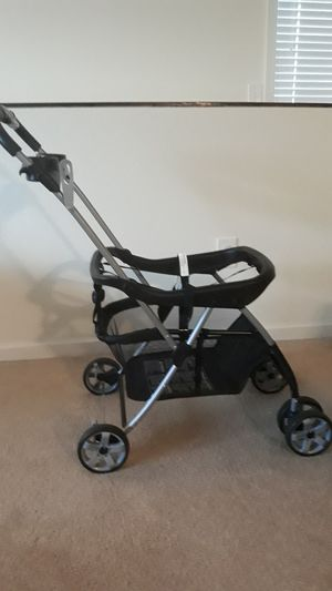 Baby stroller Trend Snap-N-Go EX Universal Infant Car Seat Carrier for Sale in Goose Creek, SC