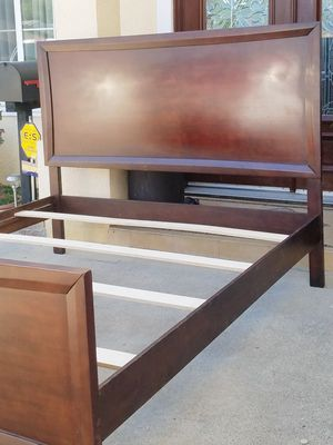 Beautiful SOLID WOOD Cal King Sz Size Bedframe Bed Frame (NO MATTRESS) for Sale in Monterey Park, CA