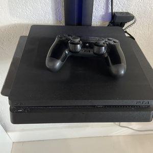 PS4 for Sale in Hialeah, FL