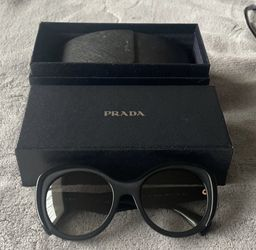 Prada Sunglasses for Sale in Fremont,  CA