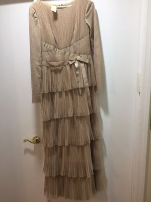 Beautiful gown size 4 for Sale in Jackson Township, NJ