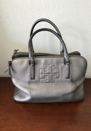 Tory Burch Silver Leather Tote Bag! Gorgeous! for Sale in Corona, CA