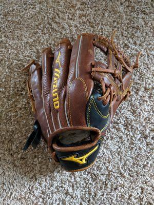 BRAND NEW Mizuno Classic Pro Soft Series Baseball Glove Infielder for Sale in Pflugerville, TX