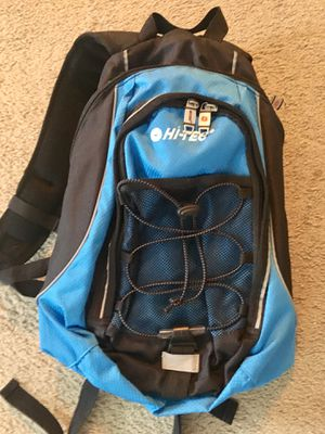 Hi-Tec Hydration Backpack for Sale in Los Angeles, CA