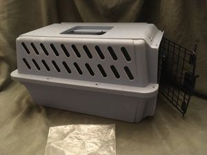 Small travel kennel for Sale in Lake Forest Park, WA