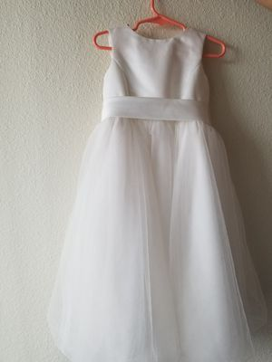 Davids bridal flower girl dress size 3t only wore once for Sale in Denver, CO
