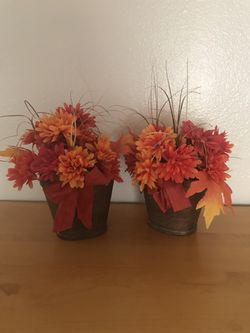 2 x fake decorative flowers in pot for Sale in Tucson,  AZ