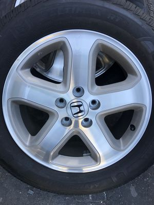 """2006-2007 Honda Accord Factory Crosstour new wheels 17"""" with new tires with less than 50 miles for Sale in Upland, CA"""