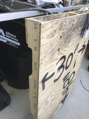 4 Way Pallets for Sale in Azusa, CA