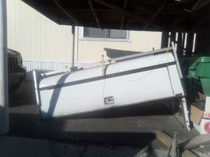 a. r. e. camper shell top for Sale in Reno, NV
