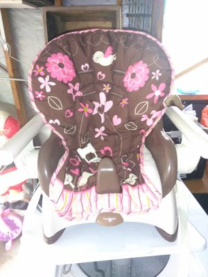 Children's booster seat for Sale in Melvindale, MI