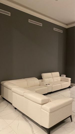 Leather white couches for Sale in Palm Springs, CA