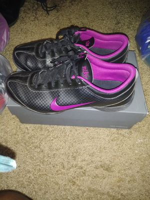 Nike Shoes: Used Ladies 10 for Sale in Dallas, TX
