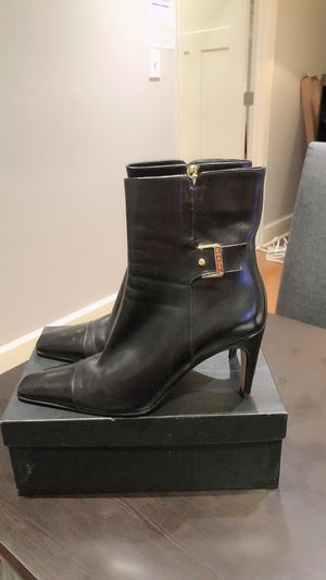CHANEL Black Leather Zip Boots for Sale in Duluth, GA