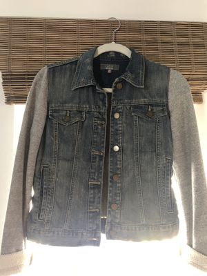 Saks 5th Avenue jean jacket with hoodie sleeves for Sale in Tampa, FL