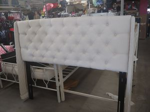 Beautiful queen size bed with metal platform frame $169.99 with queen size 10 inch hybrid mattress $299.99 for Sale in Phoenix, AZ