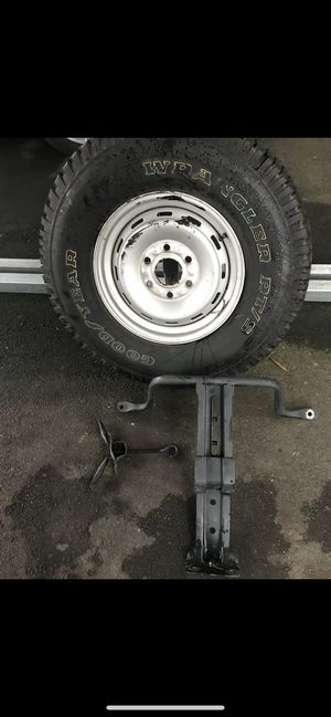 Spare tire set for Sale in Seattle, WA