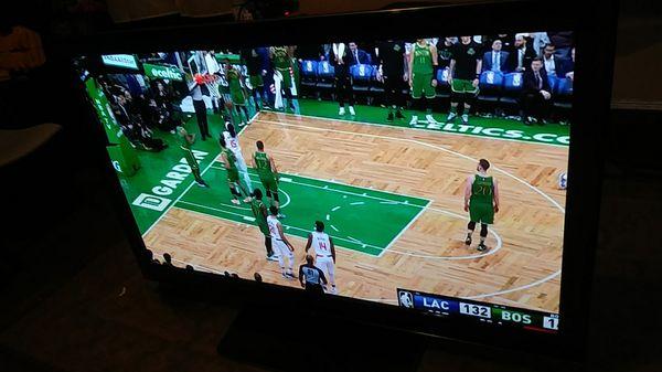65in TV $300