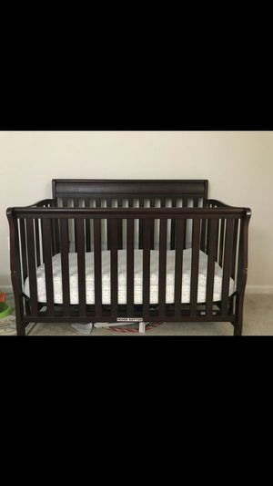 Baby crib. for Sale in UNIVERSITY PA, MD