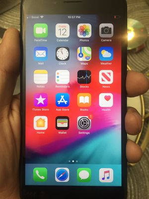 Unlocked iPhone 7 Plus for Sale in Chicago, IL