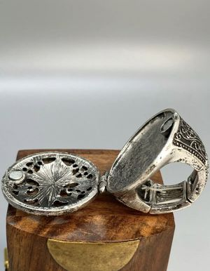 Compartment Poison Ring Silver Gothic Victorian Secret Black Crystal Fleur De Lis Locket for Sale in Los Angeles, CA
