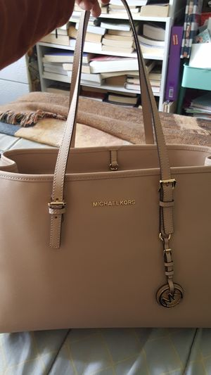 Michael Kors purse for Sale in Carlsbad, CA