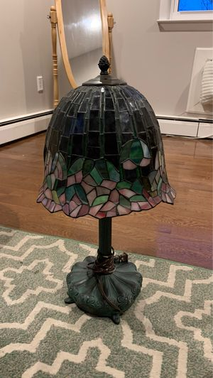Beautiful stained glass antique lamp . Great condition ! for Sale in Trenton, NJ