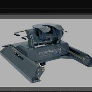 B&W Companion 5TH Wheel Hitch.. for Sale in Modesto, CA