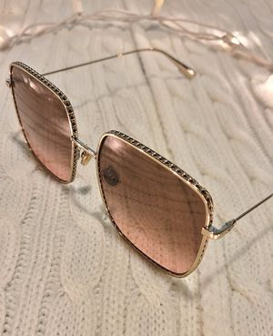 Dior Woman's Sunglasses for Sale in San Diego, CA