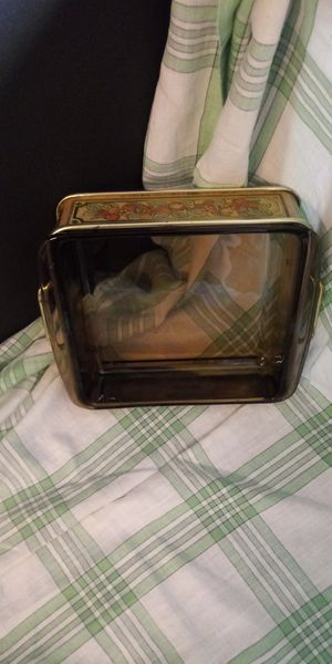 Pyrex cooking ware with tin holder for Sale in Deer Park, TX