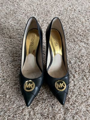 MICHAEL KORS BLACK PUMPS for Sale in Severn, MD