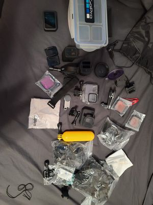 Flawless Condition GoPro Hero 8 Black with TONS of accessories for Sale in Mesa, AZ