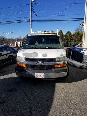 Chevy Express 2007 for Sale in Boston, MA