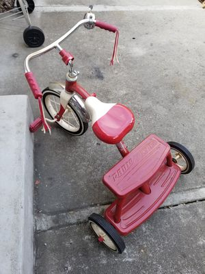 Radio flyer kids tricycle for Sale in San Jose, CA